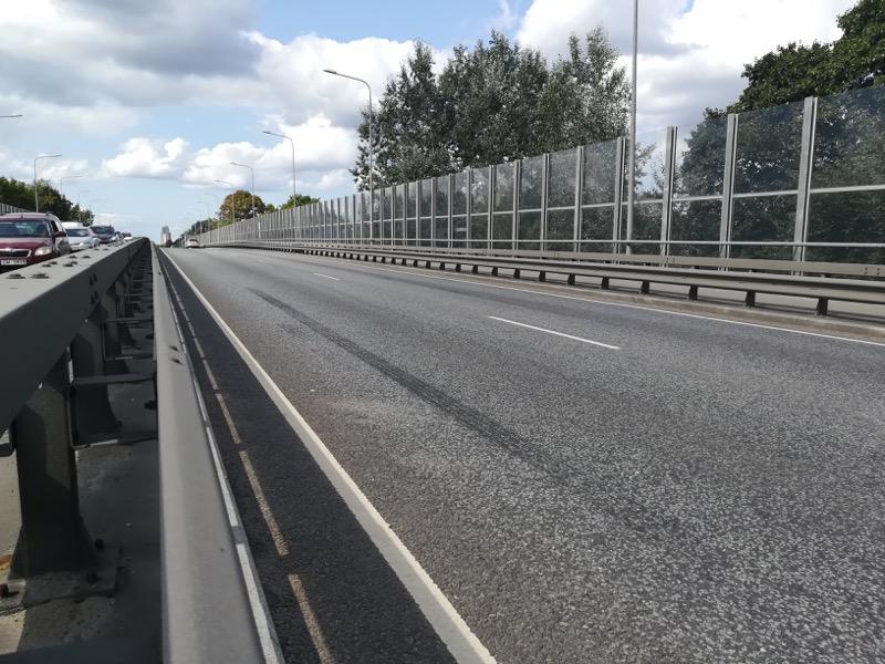 Dueco-tiltu-barjeras